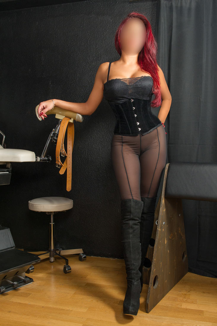 Domina In Frankfurt